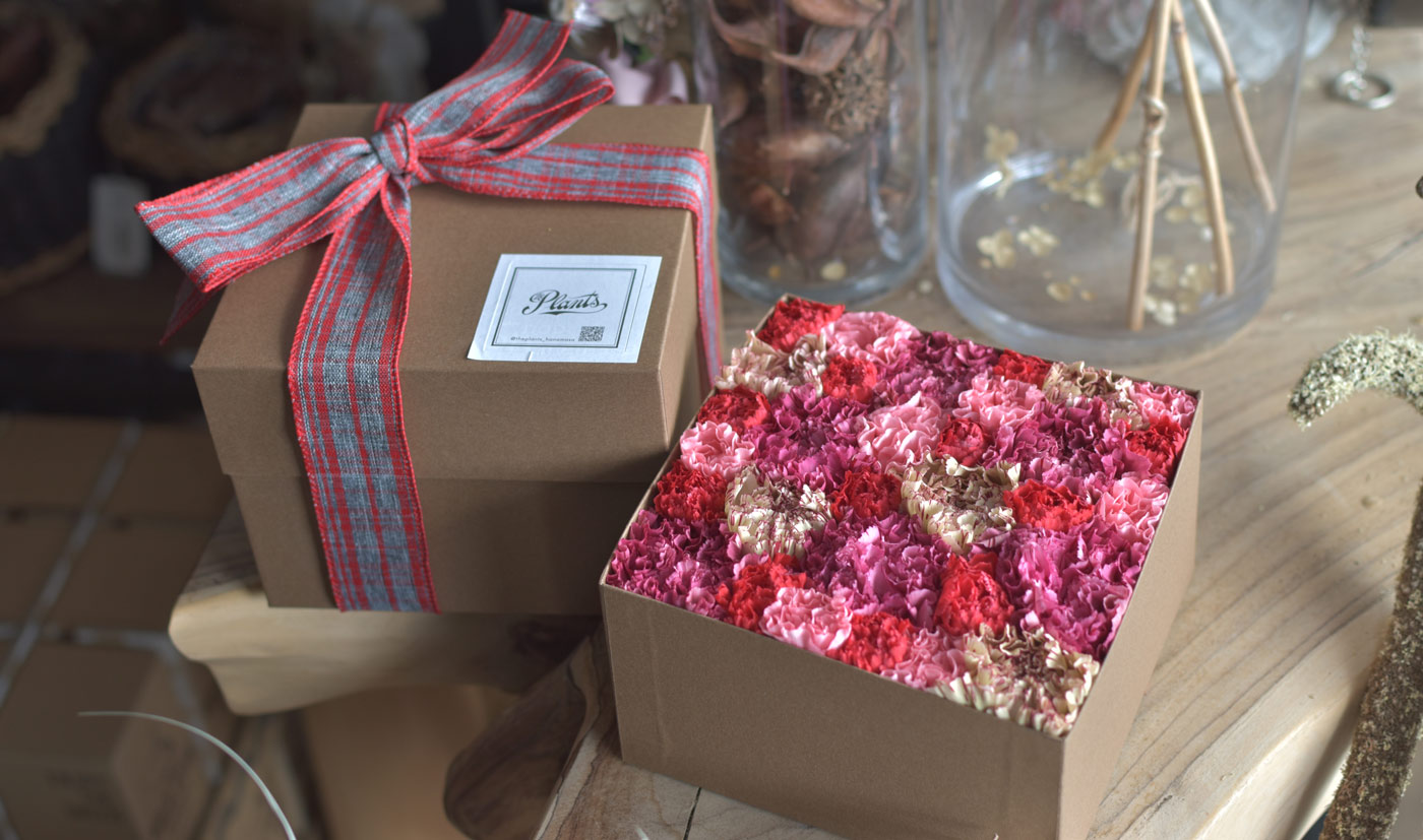 Mother's Day Box size M